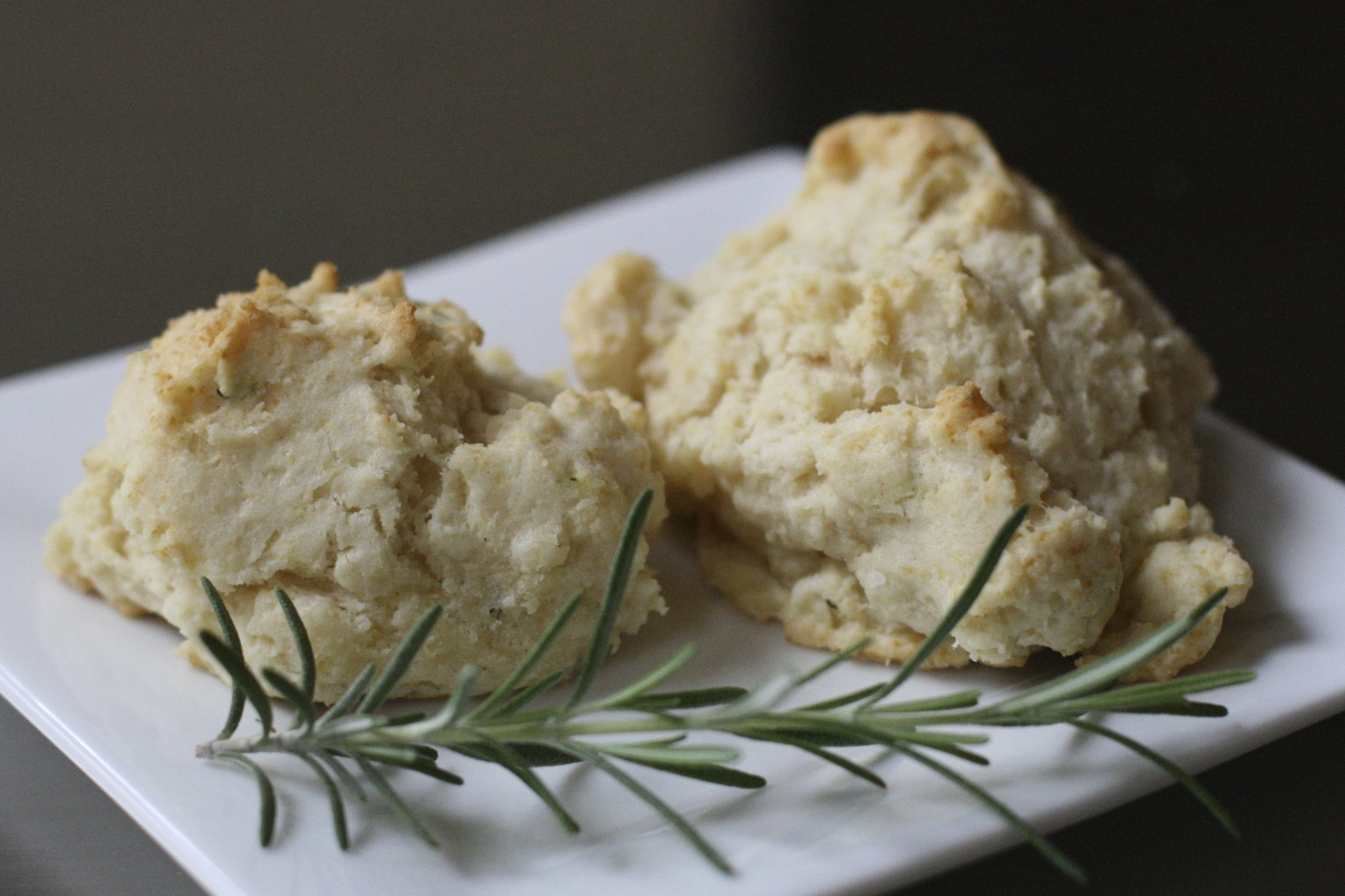 rosemary cream drop biscuits - The Merry Gourmet