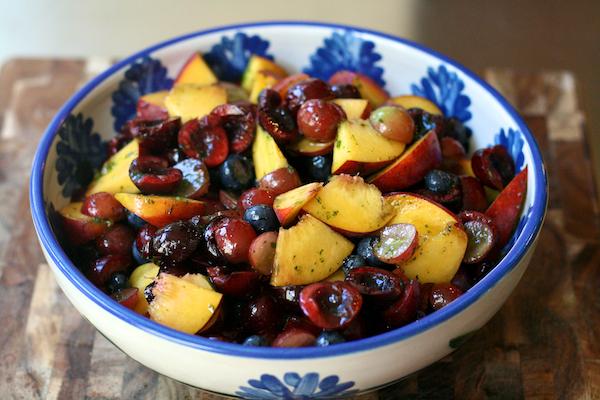 Fruit salad with mint sugar 4