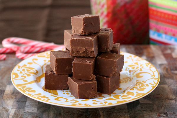 easiest no-fail chocolate fudge | the merry gourmet
