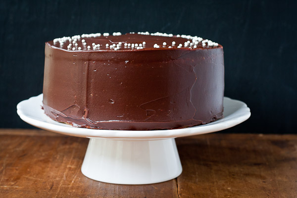 yellow cake with chocolate frosting | the merry gourmet