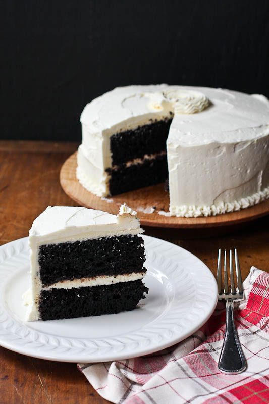 chocolate cake with vanilla buttercream frosting the ...