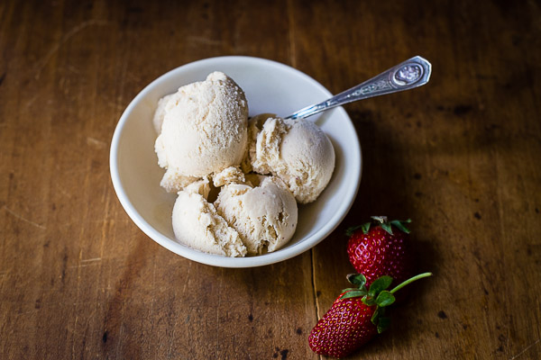 strawberry balsamic & black pepper ice cream | the merry gourmet